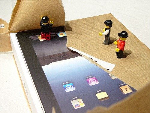 iPad_unpacking_by_Lego (13)